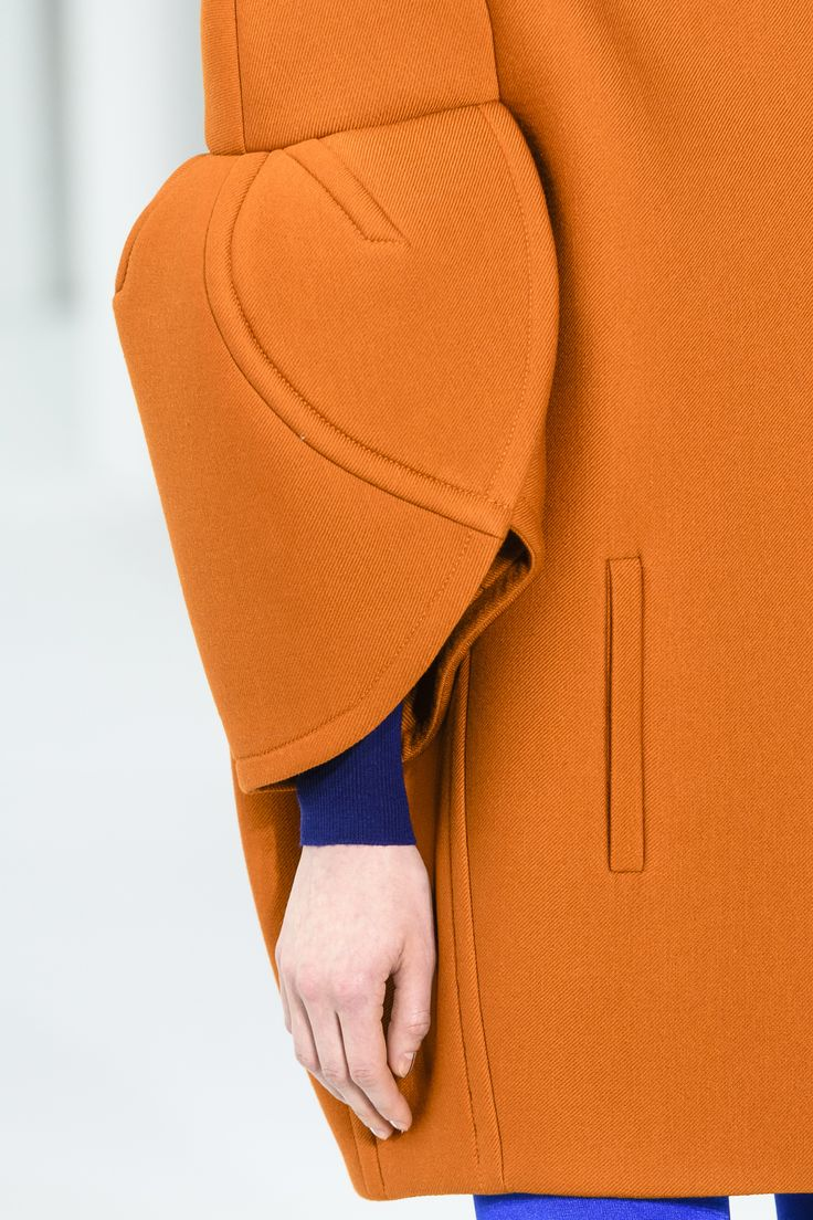 Delpozo Fall 2017 Fashion Show Details, New York Fashion Week, NYFWW, Runway, TheImpression.com - Fashion news, runway, street style, models