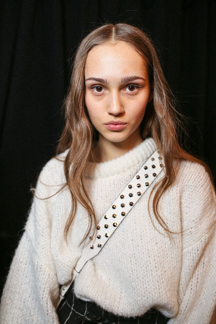 Up Close and Personal with Gigi Hadid, Jourdan Dunn, and More Backstage at New York Fashion Week Photos | W Magazine