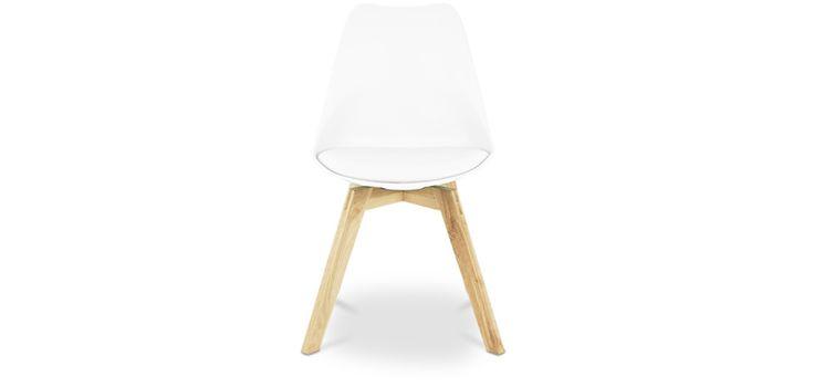 Les 25 meilleures id es concernant chaise scandinave pas for Chaise scandinave dsw