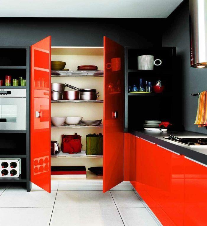 Wandfarbe Küche Wände Streichen Ideen Küche Schwarze Wandfarbe Rote  Küchenmöbel Weiße Bodenfliesen