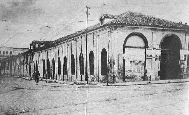 1890 - Mercado Municipal localizado na rua 25 de março - Várzea do Carmo (atual Parque Dom Pedro II).