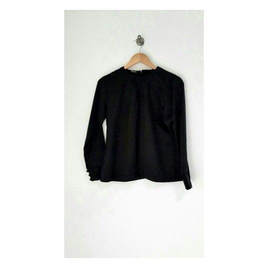 Classic black top will looks great on you #identity #hijabfashion #blouse #classic #premiumquality
