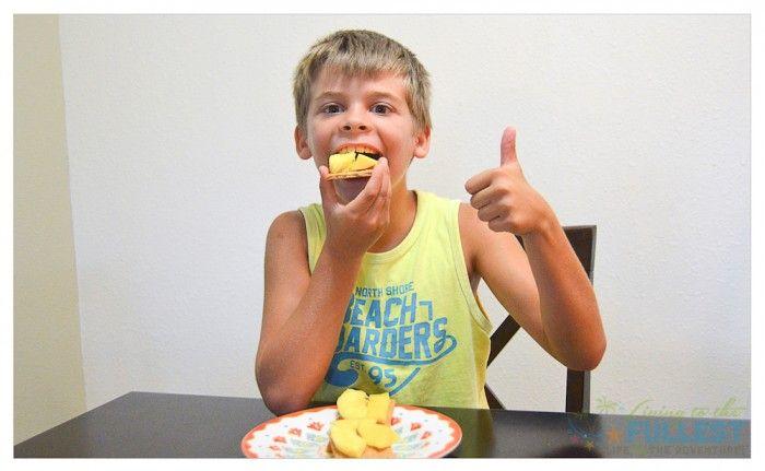 Honey Maid Graham Crackers Aloha Style - TAG http://livingtothefullest.com/honey-maid-graham-crackers-aloha-style/