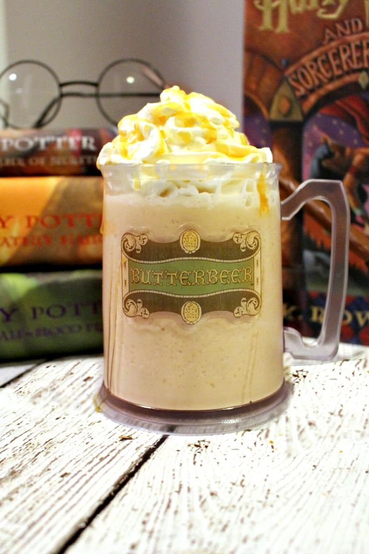 Copycat Harry Potter Frozen Butterbeer Recipe - Easy to make and just like from Universal Studios Wizarding World of Harry Potter