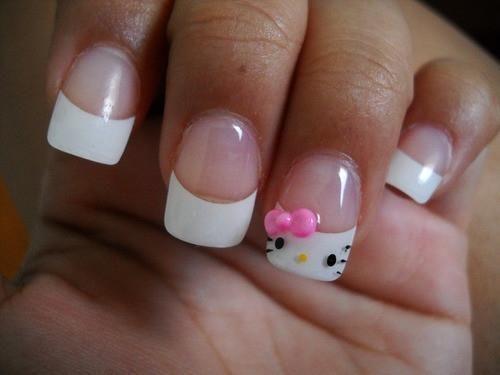 DIY Glitter Nails Art : DIY Hello Kitty Nail Design