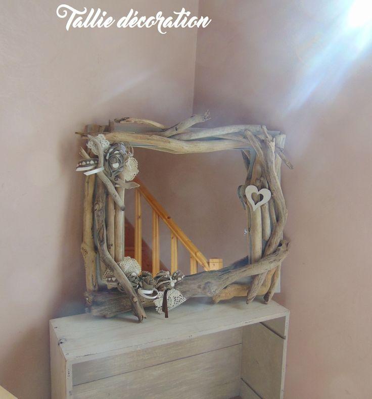 miroir, bois flotté, fleurs en toile de jute : Décorations murales par tallie-decoration