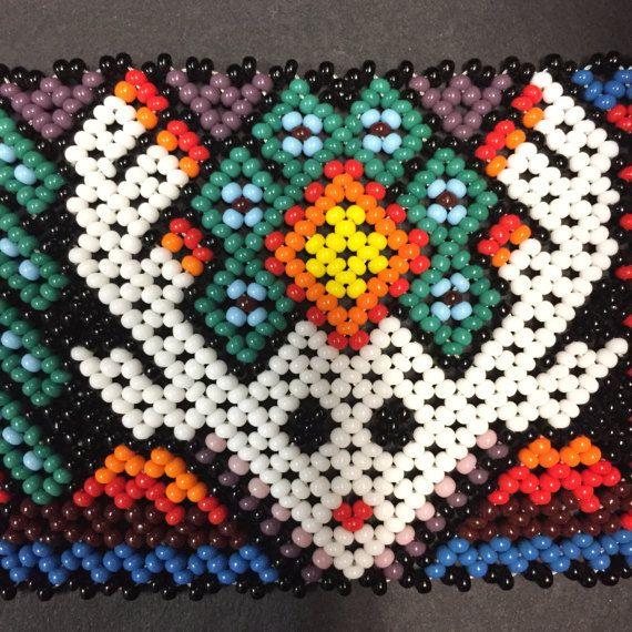 Huicholes Beaded Pulsera con diseño intrincado ciervos 6