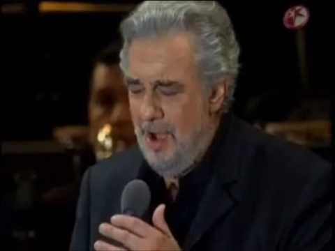 GRANADA (composed by Agustin Lara) - Placido Domingo Live - Mexico 2009