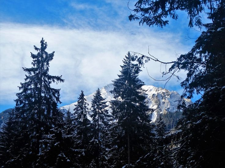 How to spend one week in Zdiar: what to see | High Tatras hiking and scenery #slovakia #travelblog #traveltips #hiking #mountains #snow #beauty #view #nature #photography