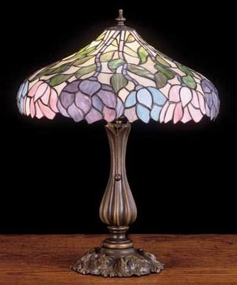 Wisteria Tiffany Stained Glass Table Lamp... pretty