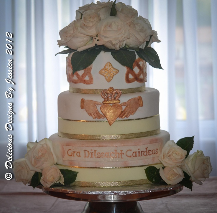wedding cake decorations ireland 17 best images about and scottish themed cakes on 22405