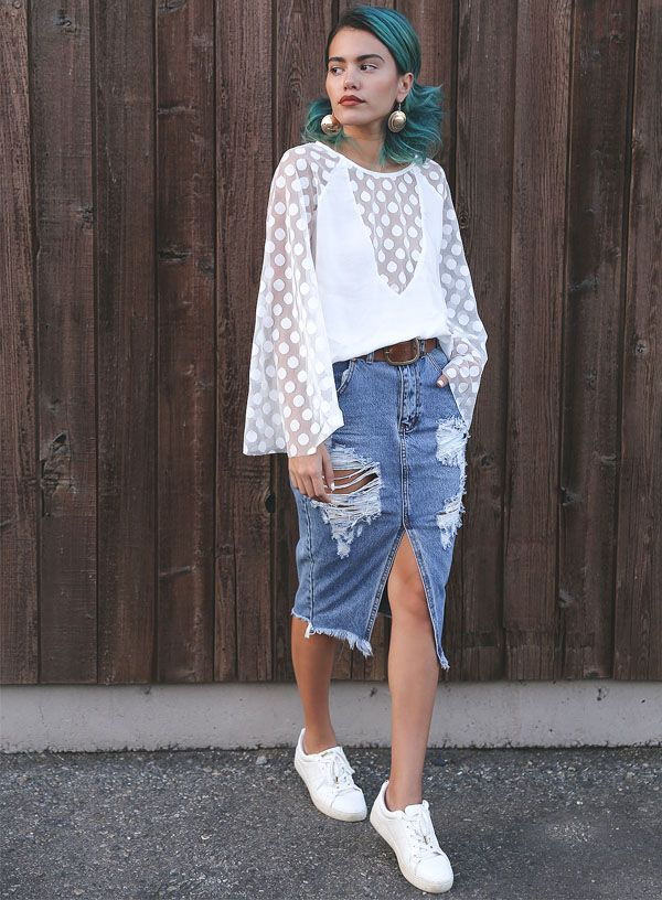 7 motivos que farão você querer uma saia midi jeans já.