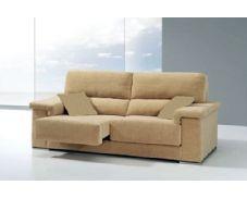 La sencillez del diseño hacen de este sofá el mueble de descanso ideal para cualquier salón. Además dispone de asientos deslizantes, que le permitirán disfrutar relajadamente con una mayor comodidad. Está tapizado en tela de fibra antimanchas para facilitar su limpieza.