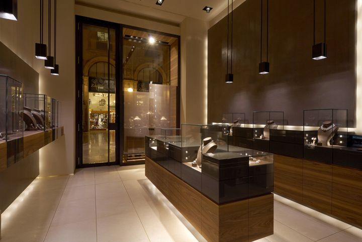 Leo Pizzo jewelry boutique by Diego Bortolato Architetto, Milan: