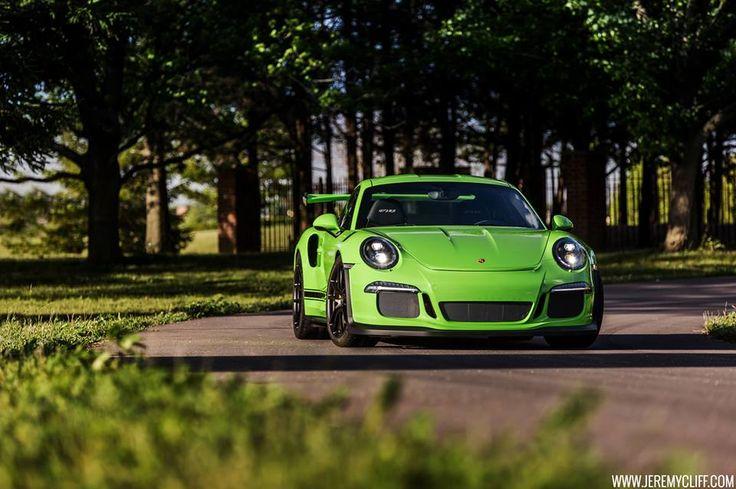 1000 ideas about porsche 911 gt2 rs on pinterest porsche 911 gt2 911 turbo s and porsche. Black Bedroom Furniture Sets. Home Design Ideas