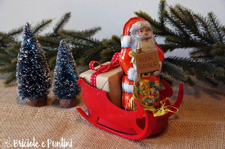 slitta di Babbo Natale fai da te - riciclo creativo delle scatole del formaggio spalmabie