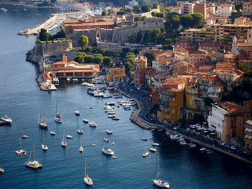 The west coast, #Cote_d_Azur marina #YachtcharterFrankreich #Yachtcharter_Cote_D_Azur