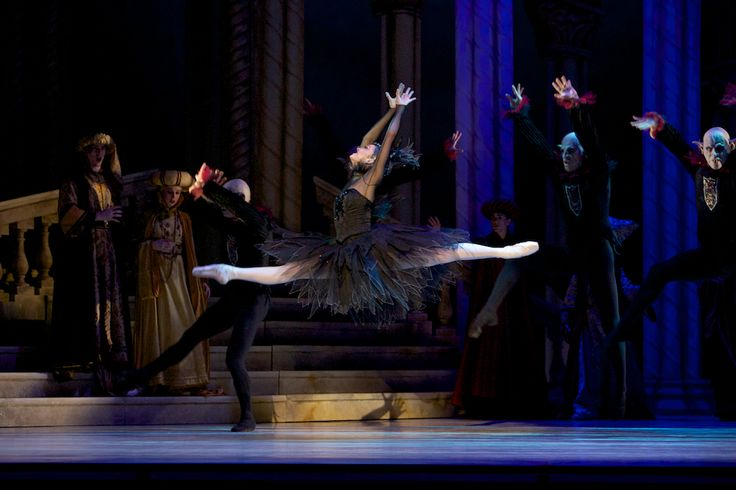 Clare Morehen in Queensland Ballet's The Sleeping Beauty