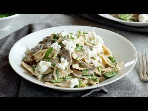 Date Night Goat Mushroom and Cheese Pasta – Swim in a white wine with garlic and …   – detox soup