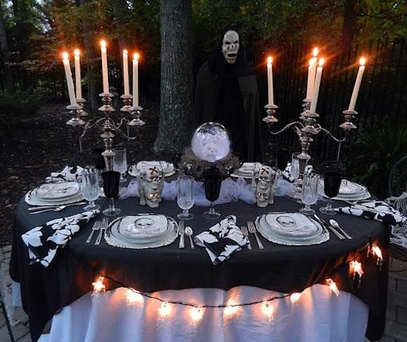 Complete Dinner Set Halloween Table Decorations Halloween Table Settings Halloween Dining Room