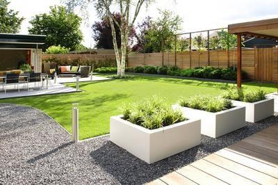 Bekijk de foto van vanellope_von_sweetz met als titel mooie strakke witte plantenbakken. leuk in combinatie met lavendel, grassoorten of andere groenblijvende planten. en andere inspirerende plaatjes op Welke.nl.
