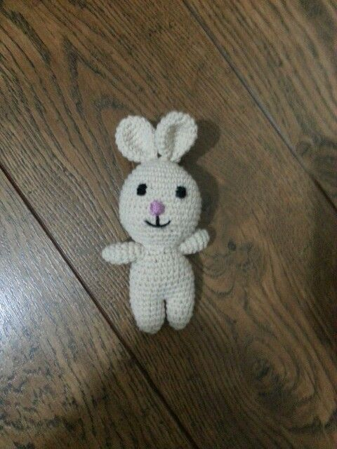 Amigurumu rabbit