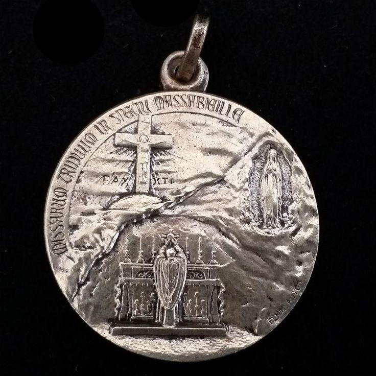 1935 Pope Pius XI Lourdes Jubilee Year Medal from vintagecatholic on Ruby Lane