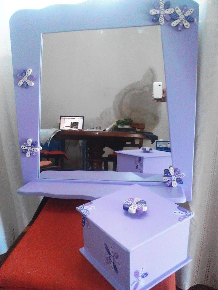 Espejo artesanal con caja para biju