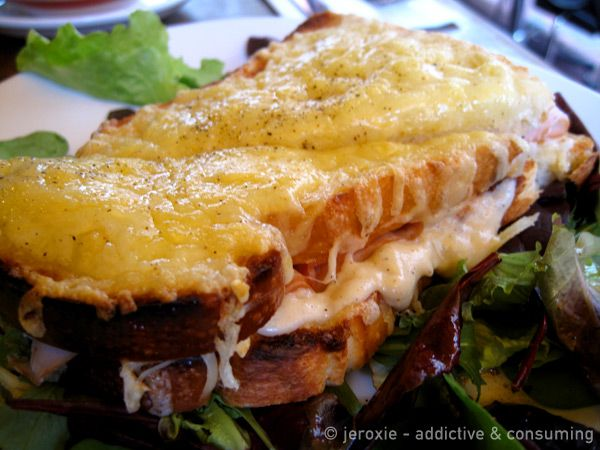 le croque monsieur toasted sandwich with bechamel sauce. Black Bedroom Furniture Sets. Home Design Ideas