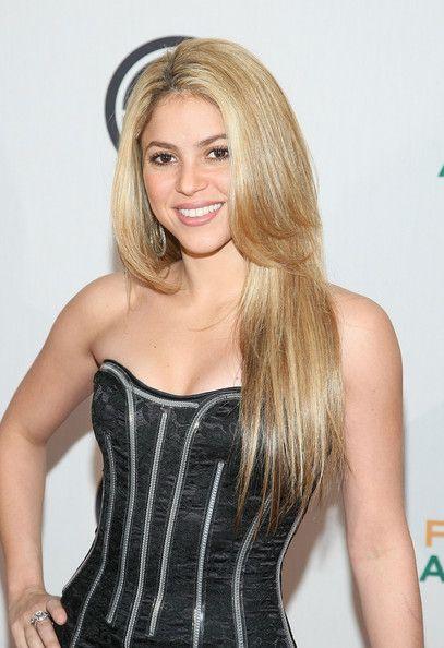 Shakira in RIAA And Feeding America Inauguration Charity Ball