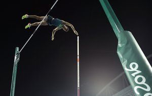 Brazil's Thiago Braz Da Silva makes the attempt setting a new Olympic record to win the gold medal in the men's pole vault final during the athletics competitions of the 2016 Summer Olympics at the Olympic stadium in Rio de Janeiro, Brazil, Monday, Aug. 15, 2016. (AP Photo/Matt Slocum)