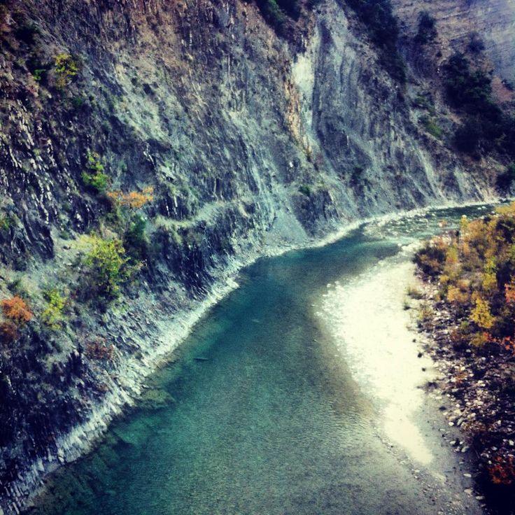 lovely river >>