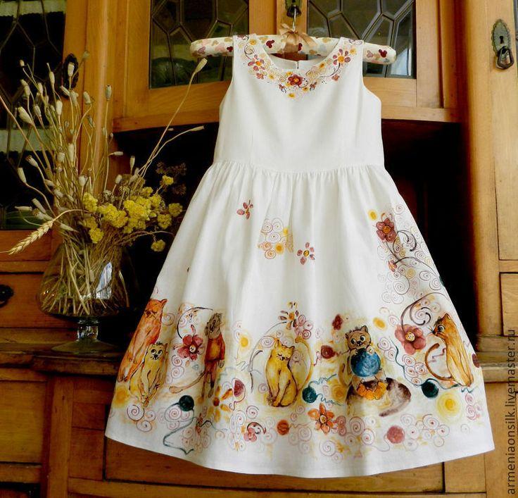 """Купить Детское Платье """"Веселые мордашки"""" - бежевый, белое платье, подарок девочке, подарок детям"""