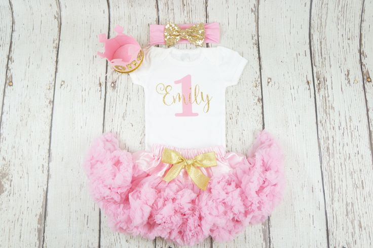 girl birthday outfit, pink birthday outfit, first birthday, gold glitter shirt, 1st birthday shirt, 1st birthday girl outfit, pink and gold #Affiliate