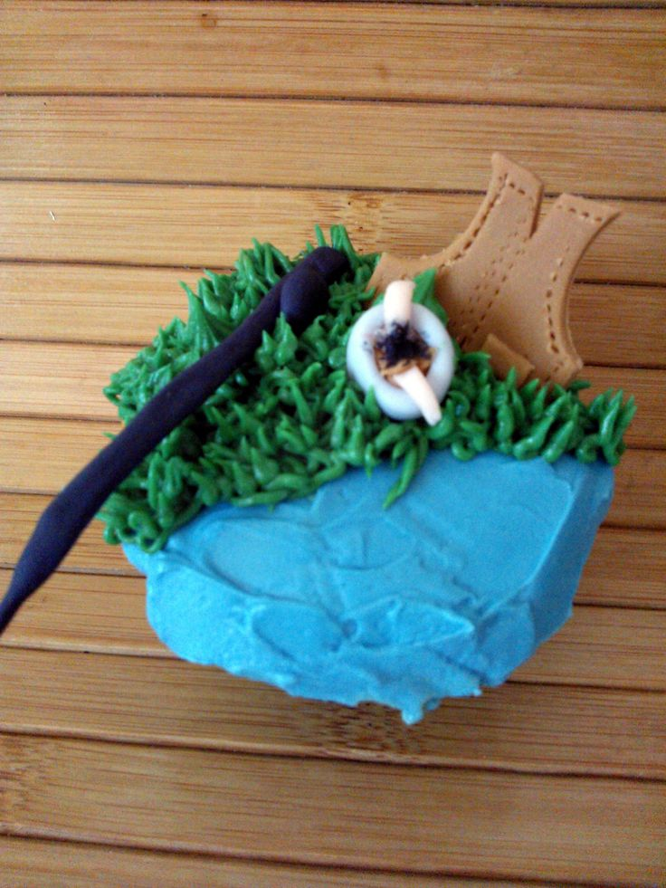 """Father's day """"Ready for fishing"""" cupcakes"""