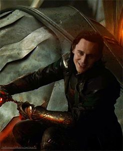 "my gifs tom hiddleston loki Loki Laufeyson thor 2 thor the dark world <It looks like he's saying ""your mom"""