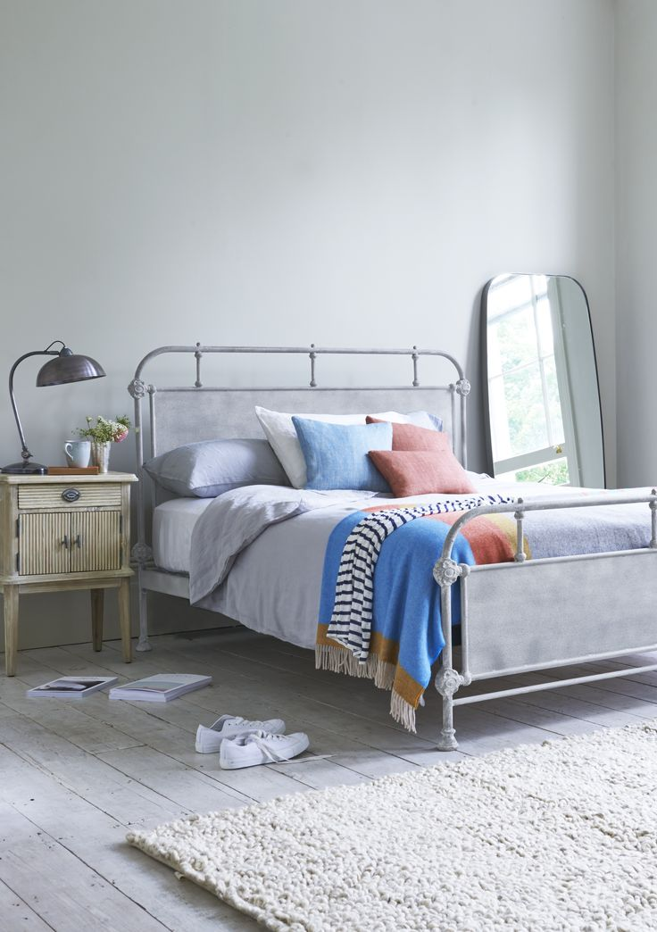 Loaf's metal Beatnik bed with beautiful steel headboard and footboard and pretty metal castings