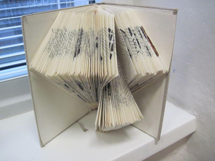 objekt ze staré knihy