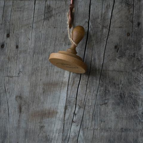 Pot tamper, oak