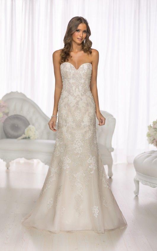 12 best new york fashion show images on pinterest short for Magasins de robe de mariage portland oregon