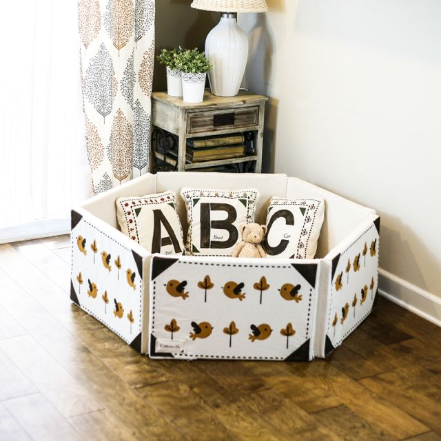Cottonville makes Hexcloud and other decorative products. Hexcloud is a hexagon-shaped playpen that is made using the safest materials available.