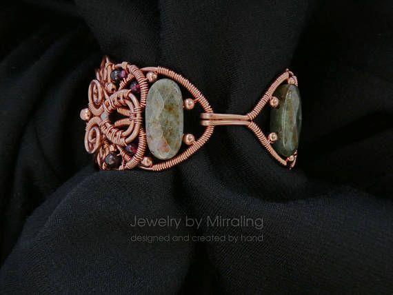 Bracelet green stone Garnet stone bracelet Agate bracelet Gift