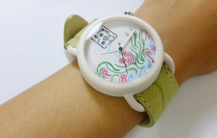 Moment Watches - apple green strap