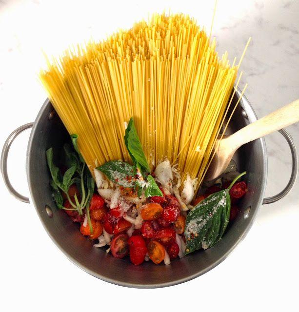 JOSEPHINE: a creative life: I Finally tried the Famous One Pot Pasta!