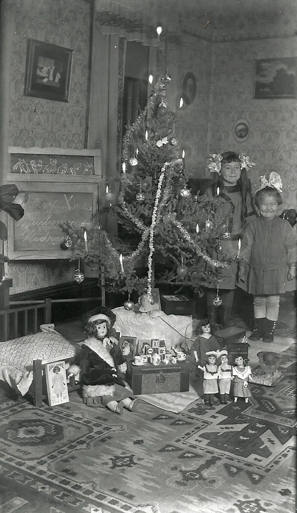 Shorpy Historical Photo Archive :: Christmas Day: 1912