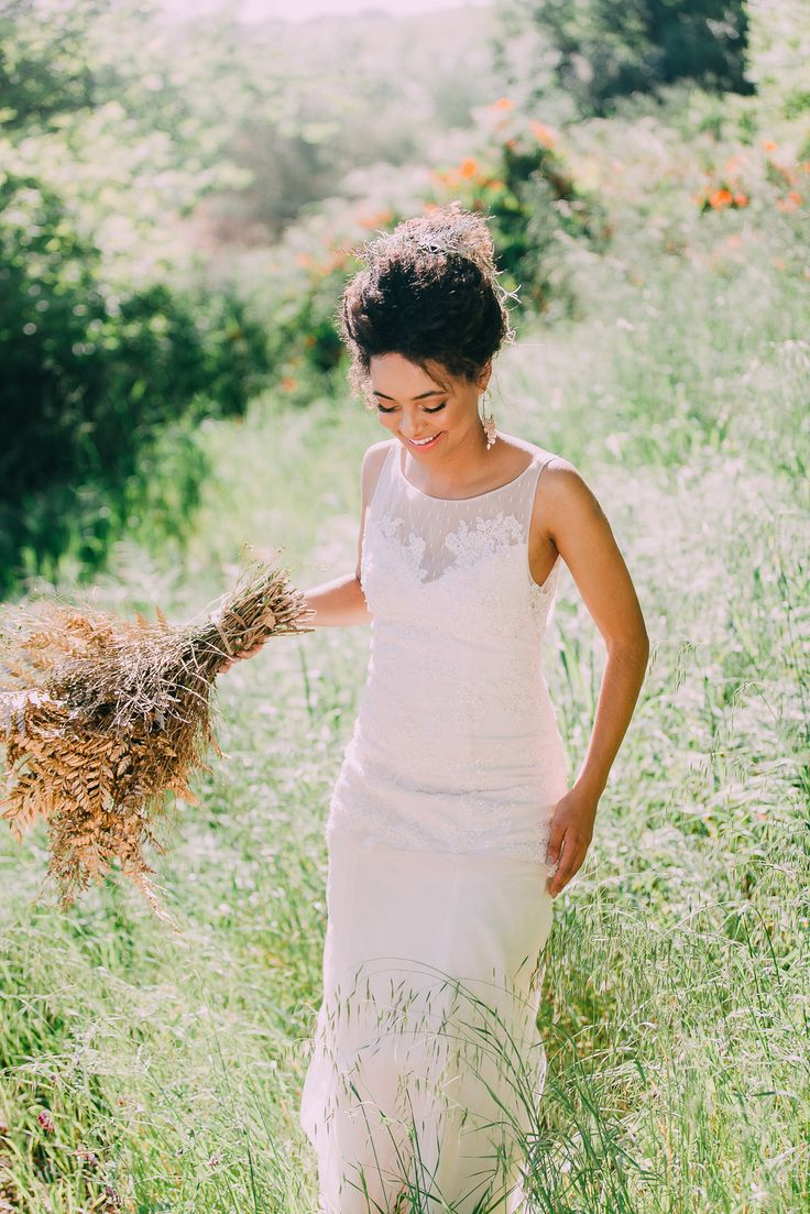 Wedding Inspiration - Natural palette with gold bouquet and Janita Toerien wedding dress