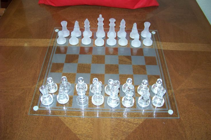 10 best images about chess sets on pinterest magazine design acrylics and fashion art - Karim rashid chess set ...