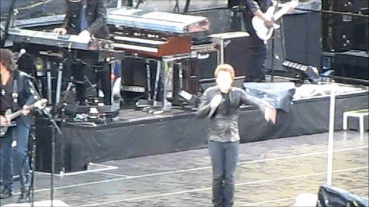 BON JOVI - Raise Your Hands @ Helsinki 17.6.2011