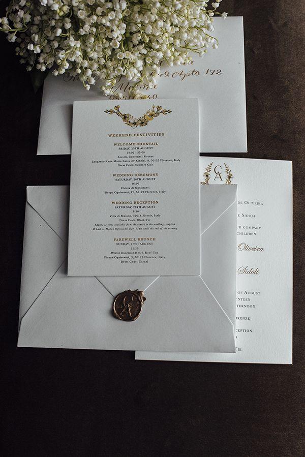 Convite de casamento clássico de Camila Carril - destination wedding em Firenze, Itália - ilustrações florais - selo de cera dourado -Fotos: Tali Photography