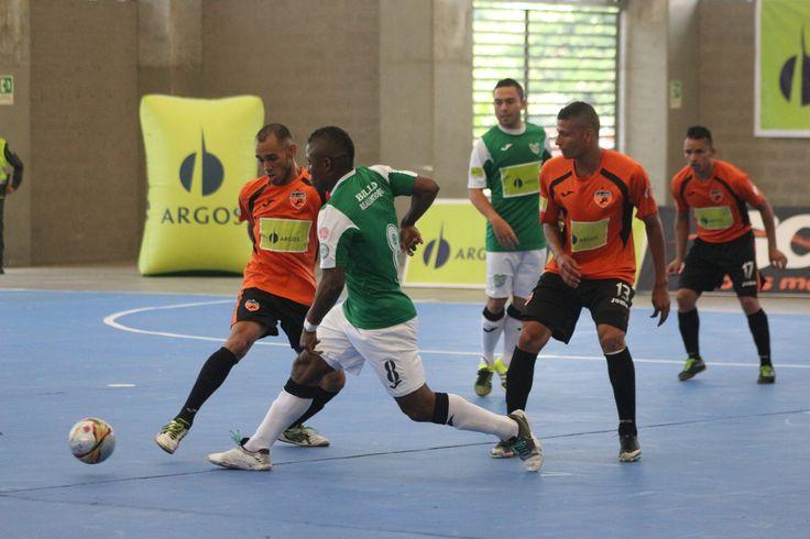 Imagen del partido entre Lyon y Real Antioquia .